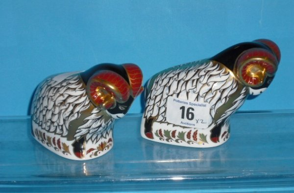 16L: Royal Crown Derby Paperweight Derby County Ram and