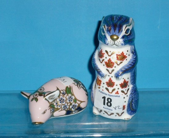 18L: Royal Crown Derby Paperweights Chipmunk and Plumst