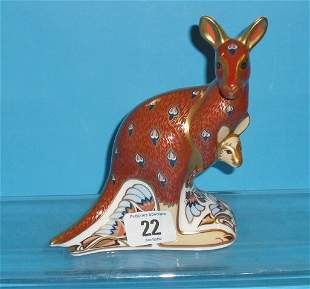 Royal Crown Derby Paperweight Kangaroo from the Au