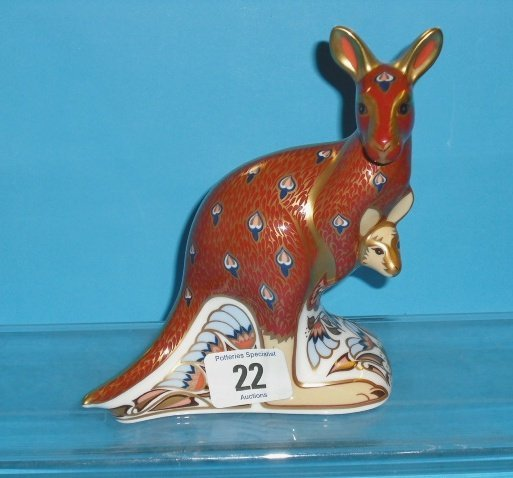 22L: Royal Crown Derby Paperweight Kangaroo from the Au