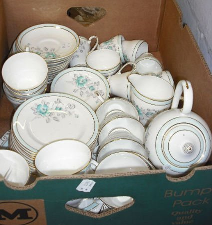 14: Collection Of Pottery to include Royal Grafton Dinn