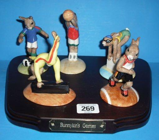 269: Royal Doulton Bunnykins Games Set Comprising Swimm