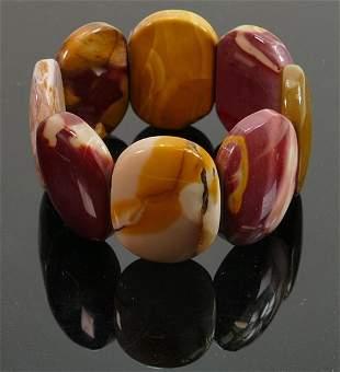 Costume jewellery polished stone bracelet: