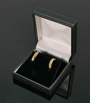 9ct gold pair of diamond cut earrings: QVC brand new &