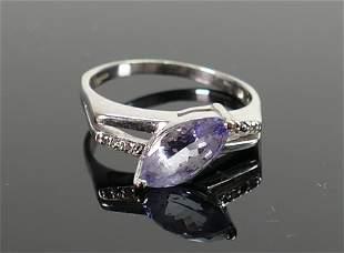 18ct white gold hallmarked ring set tanzanite and