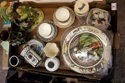 A collection of pottery to include Wedgwood Tea bowls,