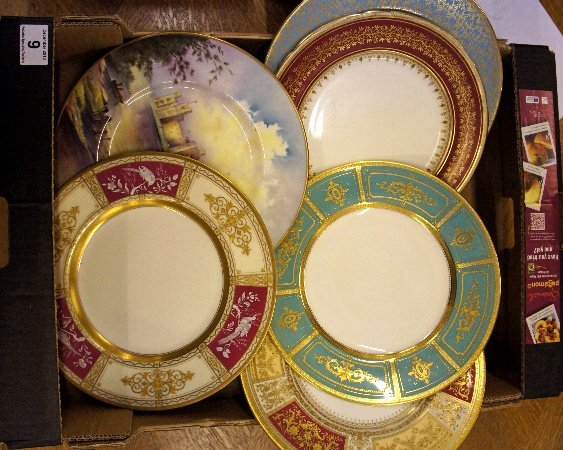 A collection of good quality Minton Gold acid etched ca