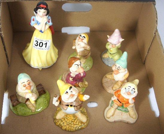 Royal Doulton set of Snow white and the seven dwarfs