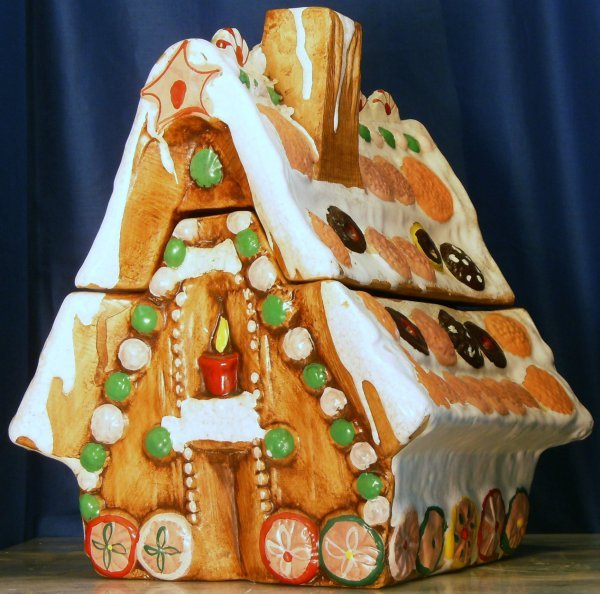 5: GINGER BREAD HOUSE COOKIE JAR, MADE BY CALIFORNIA OR
