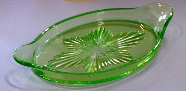 2007: Cambridge Green Vaseline Tray