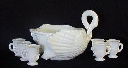 2300: Rare Milk Glass Swan Punch Bowl 6  Cups Cambridge