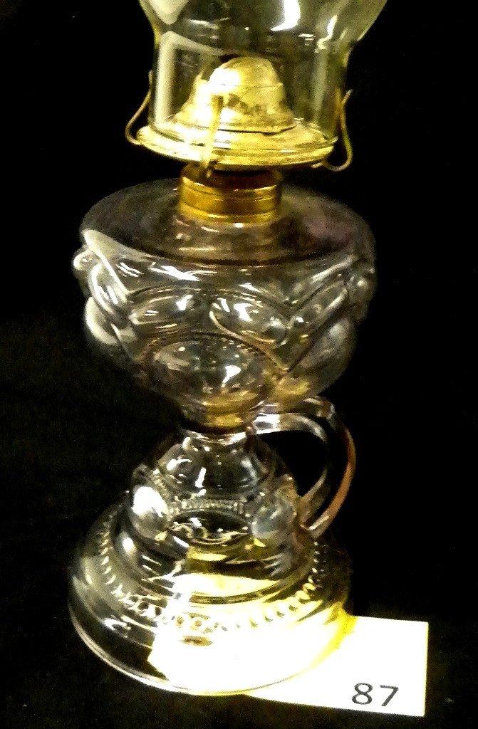 87: PEANUT PATTERN FINGER LAMP