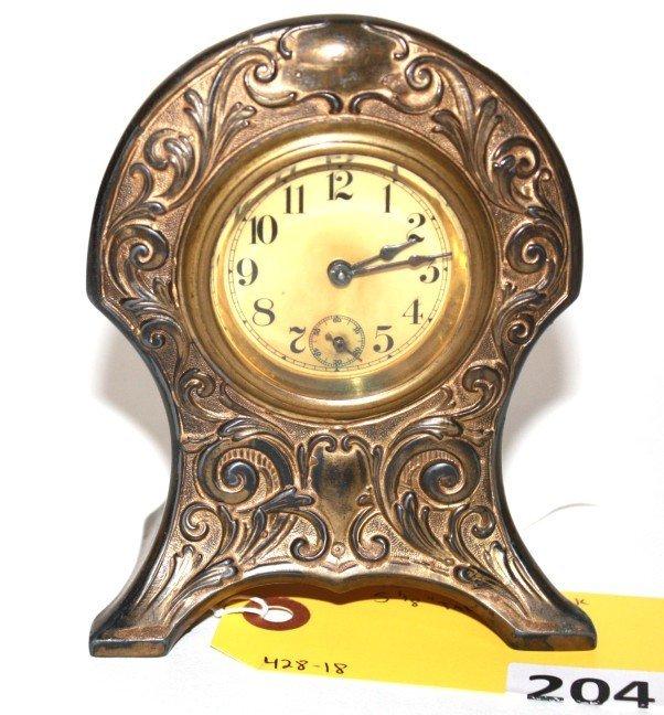 204: DRESSER CLOCK
