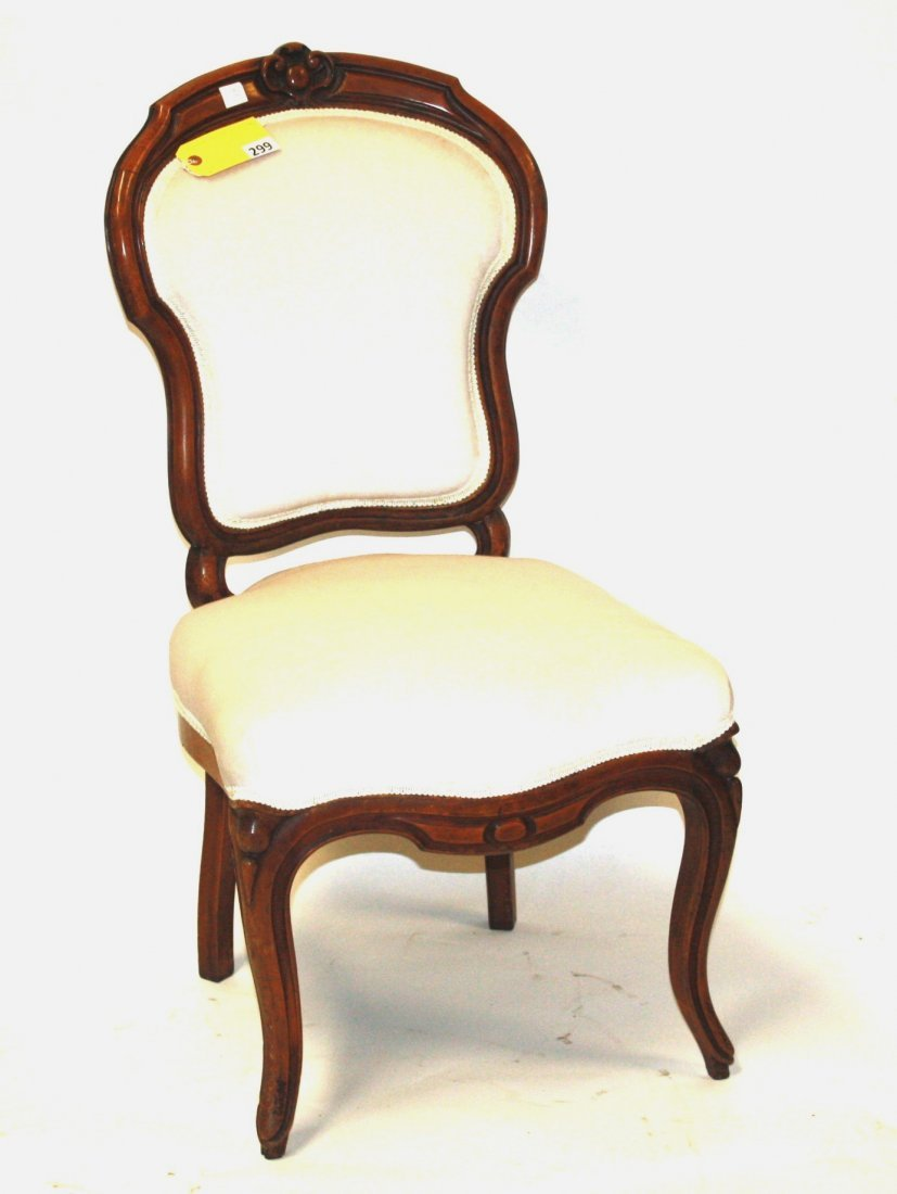 299: VICTORIAN PARLOR CHAIR