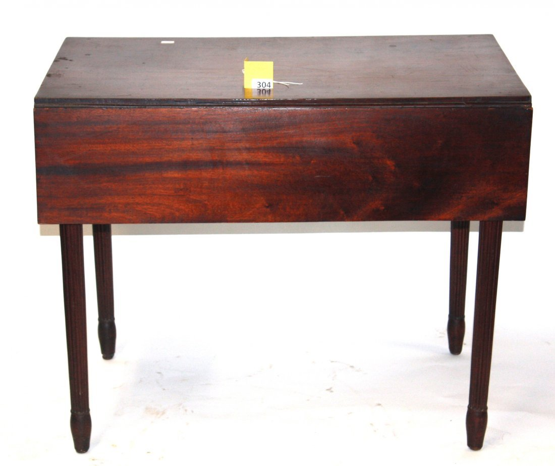 304: 1800'S DROP LEAF TABLE