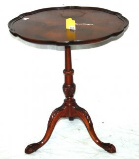 TILT TOP LAMP TABLE