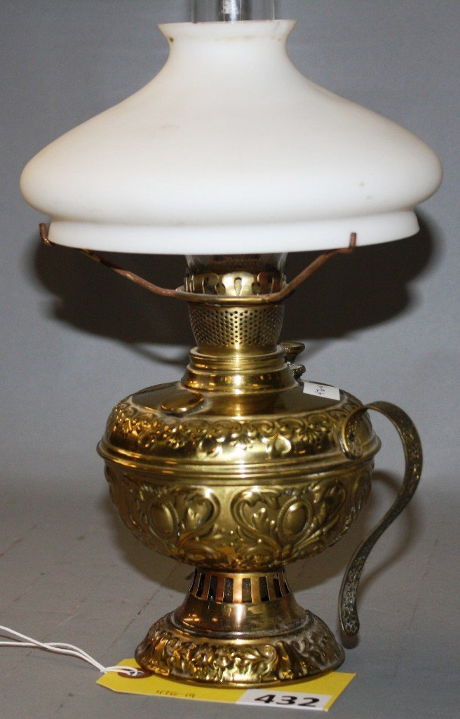 432: MILLER FINGER LAMP