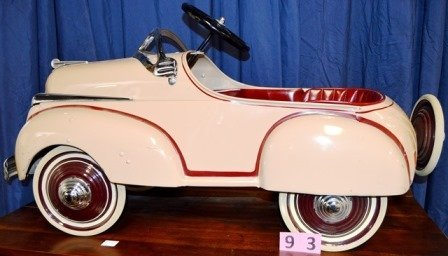 CHARGER 1941 PEDDLE CAR