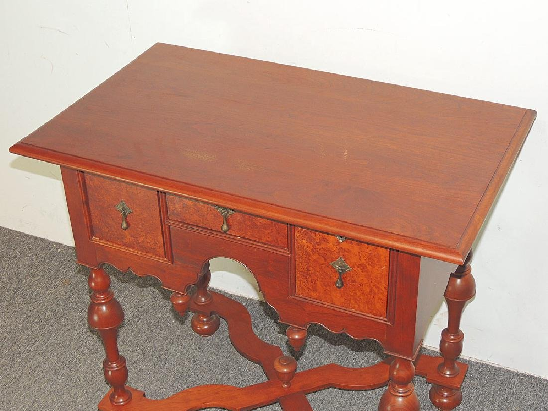 Cabinet-Made William & Mary-style Dressing Table - 2