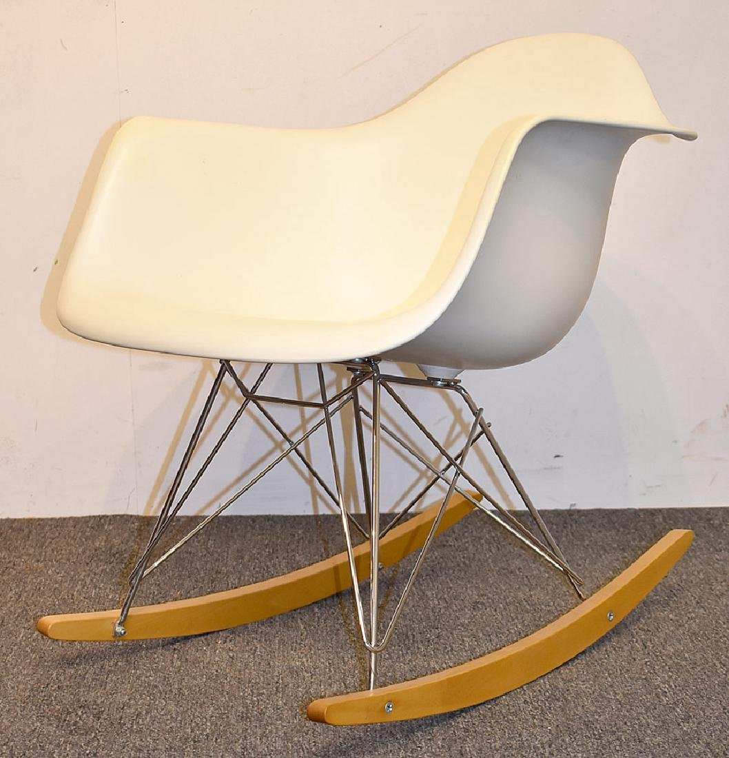 Charles & Ray Eames/Vitra Plastic Rocking Chair