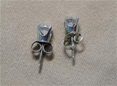 Pr of Diamond Stud Earrings in 14K White Gold