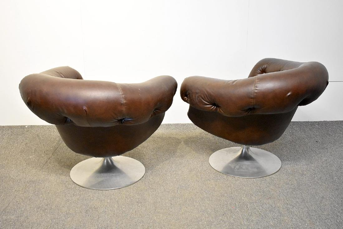 Pair of Overman Brown Swivel Club Chairs - 2