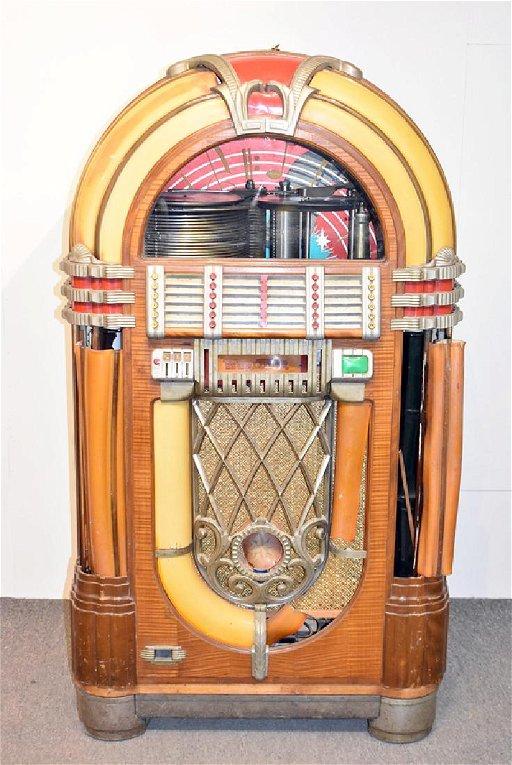 Original Wurlitzer 1015 Bubbler Jukebox