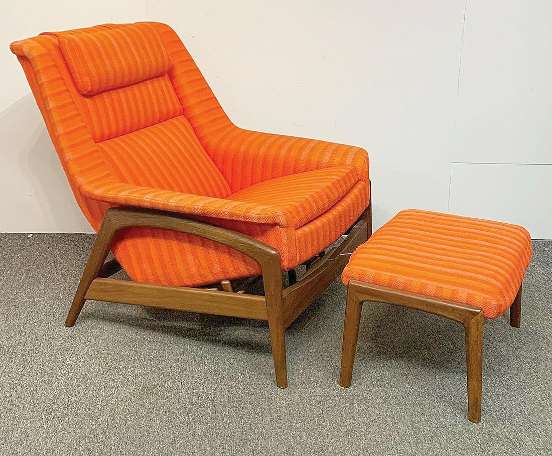 Dux Reclining Lounge Chair and Ottoman