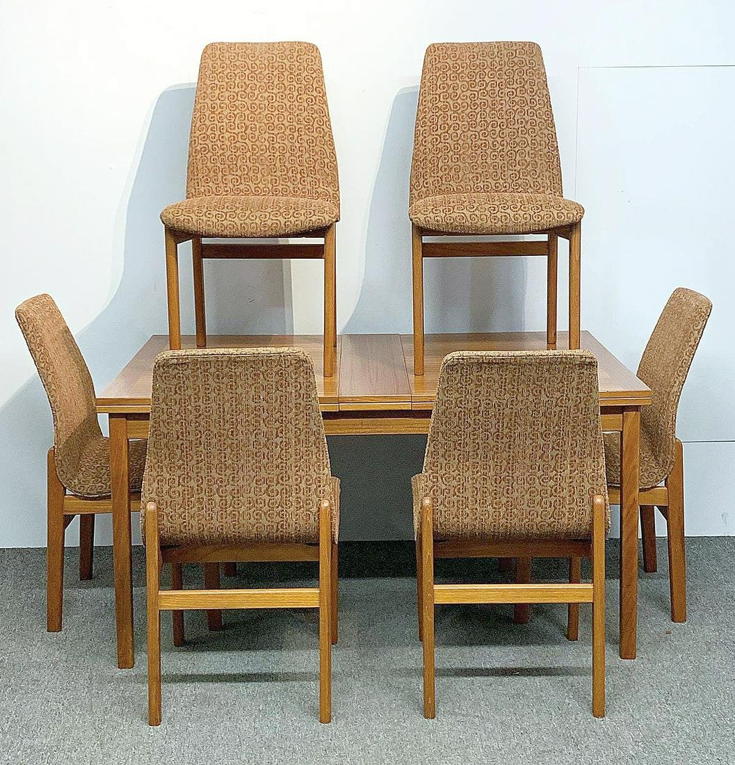 Scandinavian Modern Teak Dining Table and Chairs