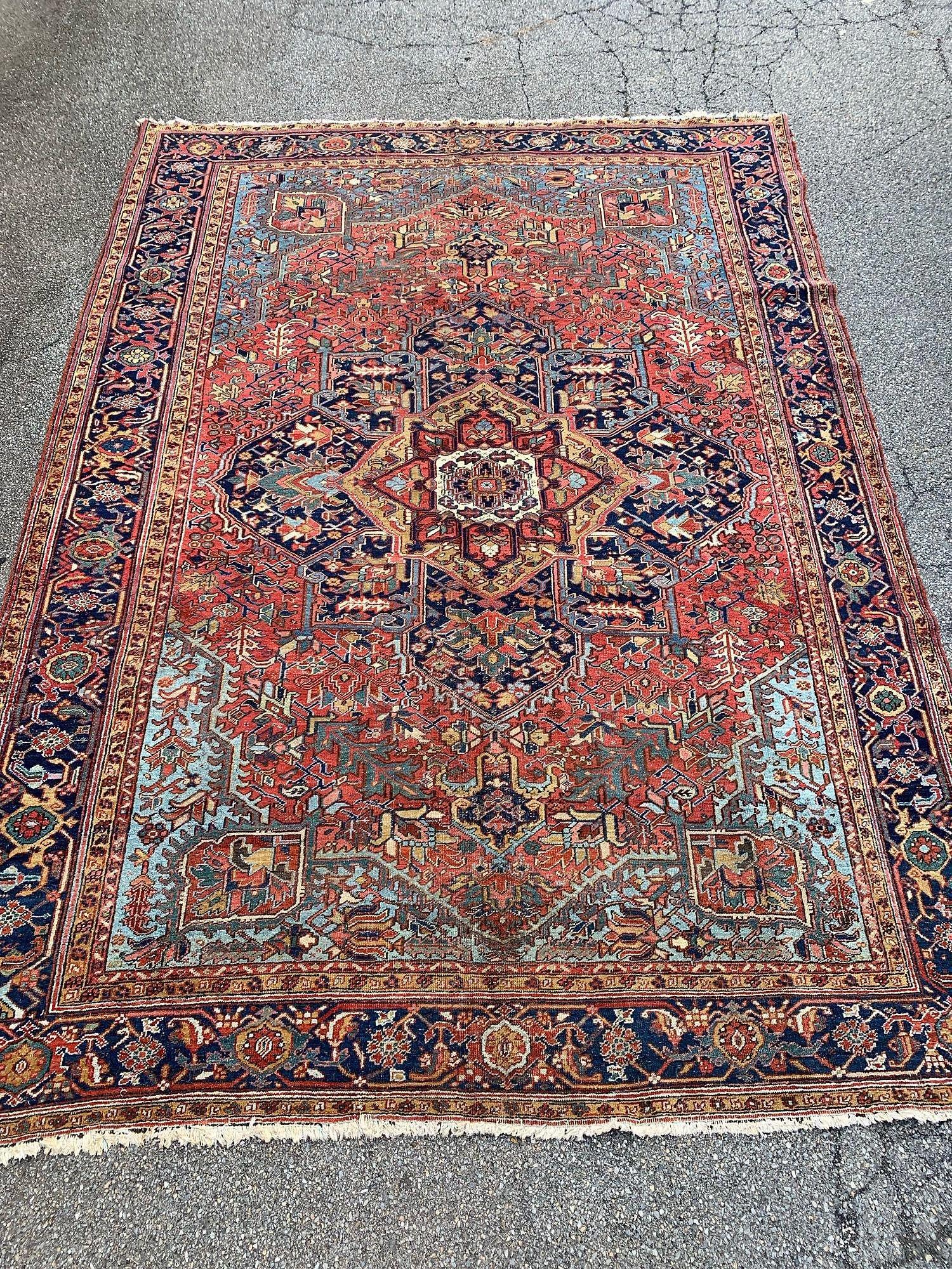 Heriz Room-size Carpet, 13ft 4in x 9ft 6in