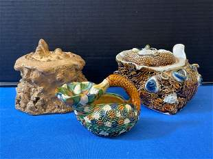 Sancai-glazed Oil Lamp and Two Boxes