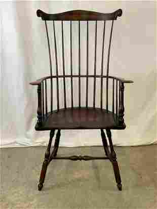 Cabinet-made Comb-back Windsor Armchair