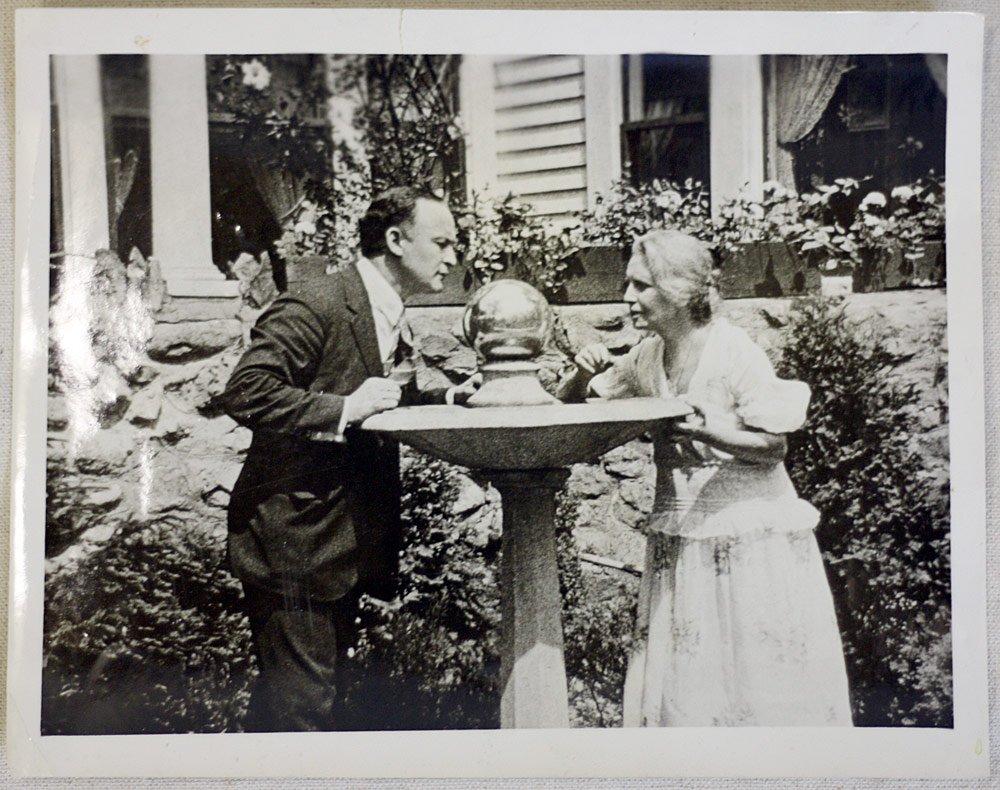 Photograph of Houdini and Anna Fay