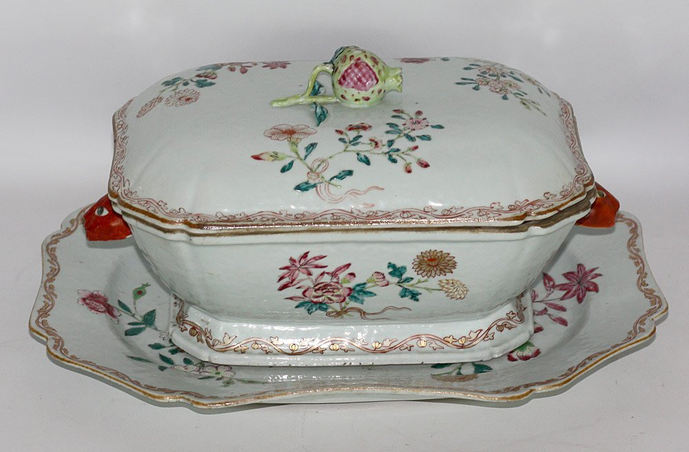 Chinese Export Porcelain Soup Tureen
