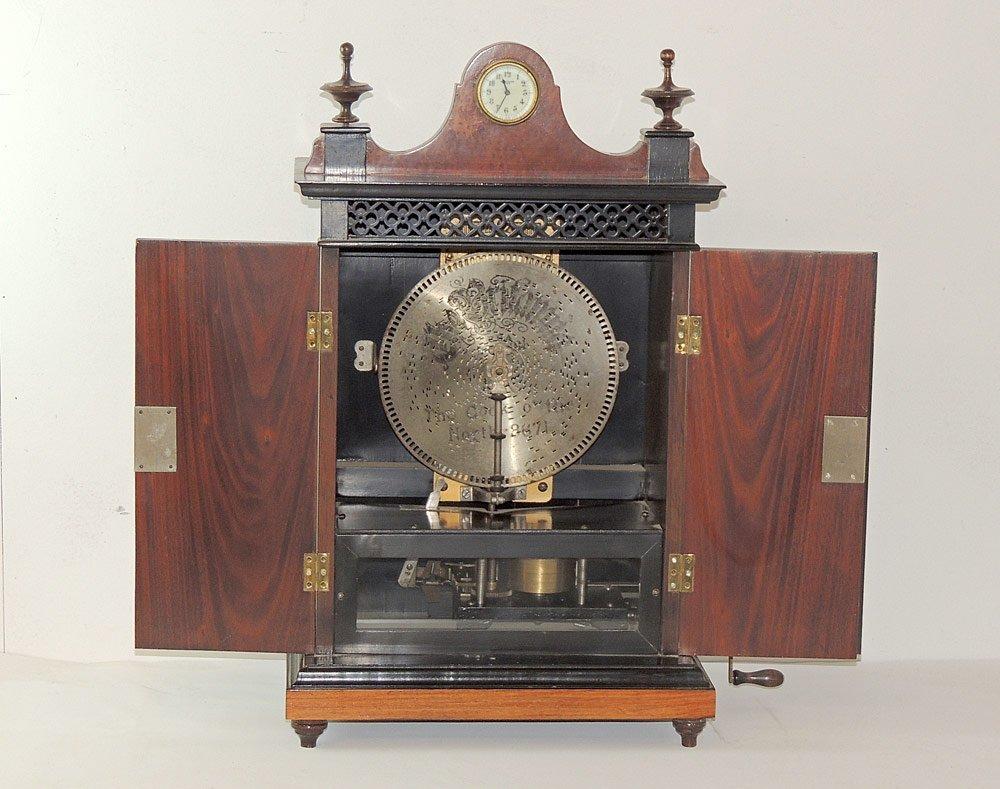 "Britannia ""Smoking Cabinet"" Disc Music Box"