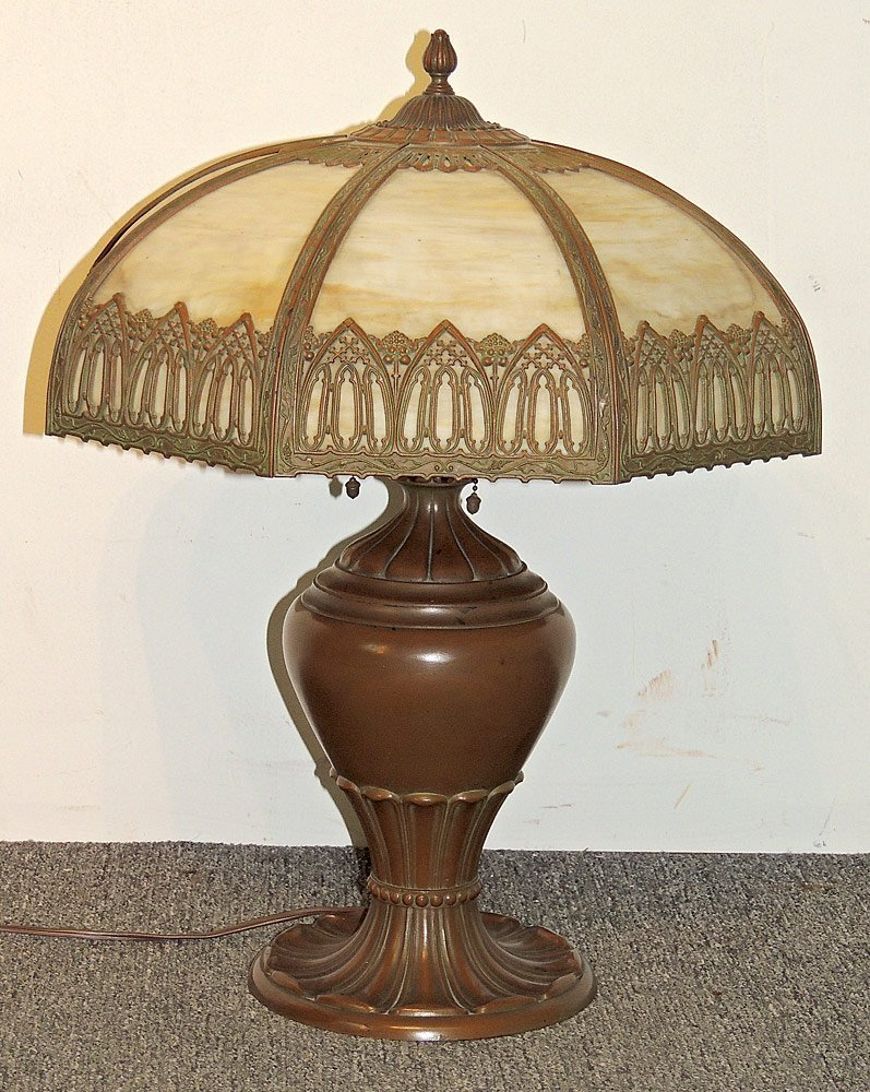 Arts and Crafts Slag-glass Table Lamp