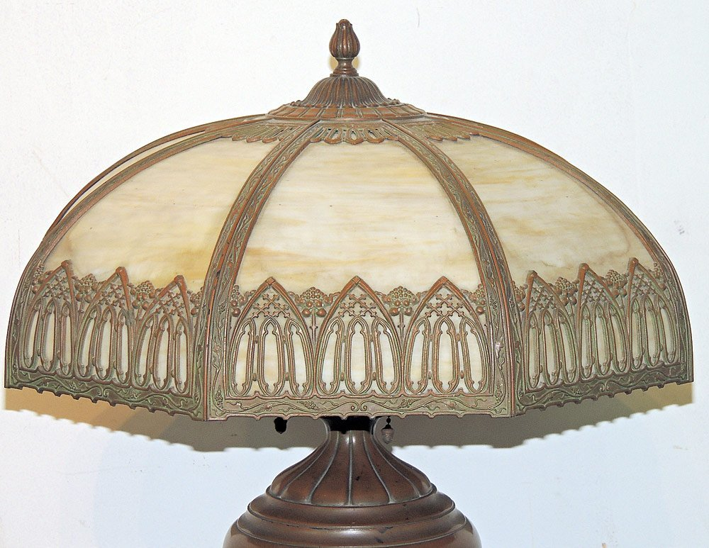 Arts and Crafts Slag-glass Table Lamp - 2