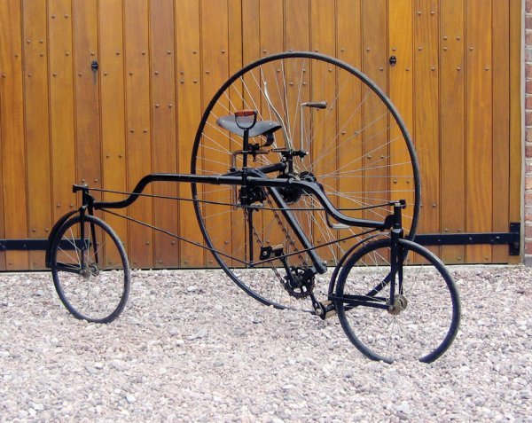 19: c1884 COVENTRY ROTARY TRICYCLE