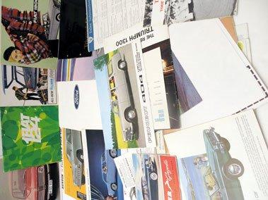 106: Sales Brochures & Press Packs