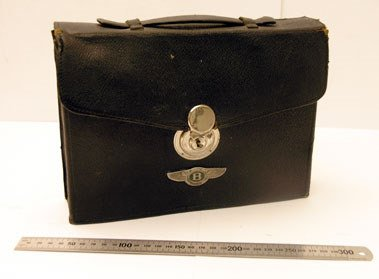 200: Travelling Vanity Case Suitable for a Vintage Bent