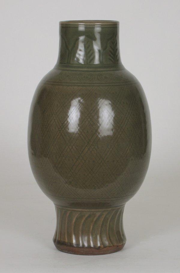024: Large Chinese Longquan Celadon Vase 12th14thC