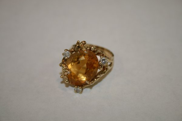 224: 14Kt Gold, Citrine and Diamond Ring