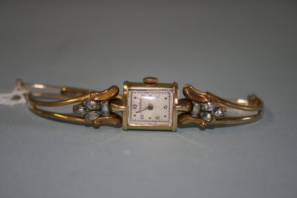 228: Lady's 14Kt gold Longines Watch