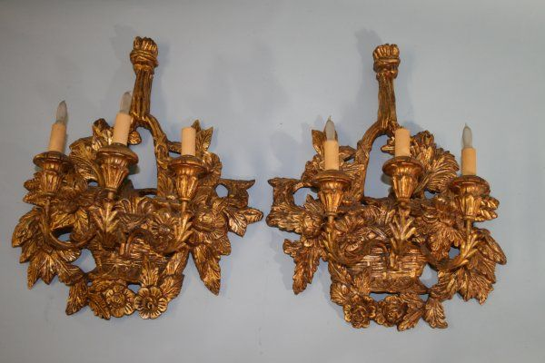 331: Pr Large c 1930's giltwood Italian Wall Sconces