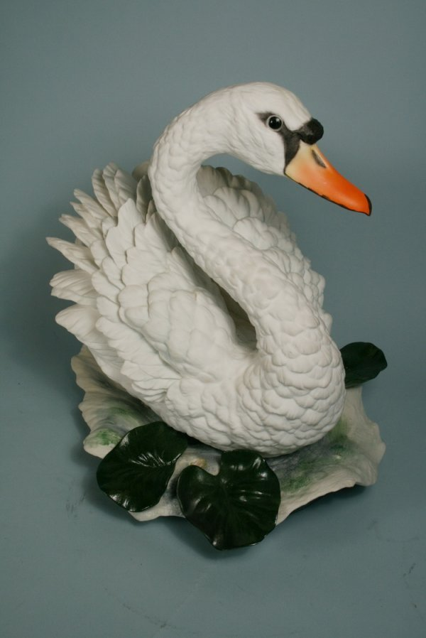 "002: Large Boehm Swan Seated 11""H x 12"" W"
