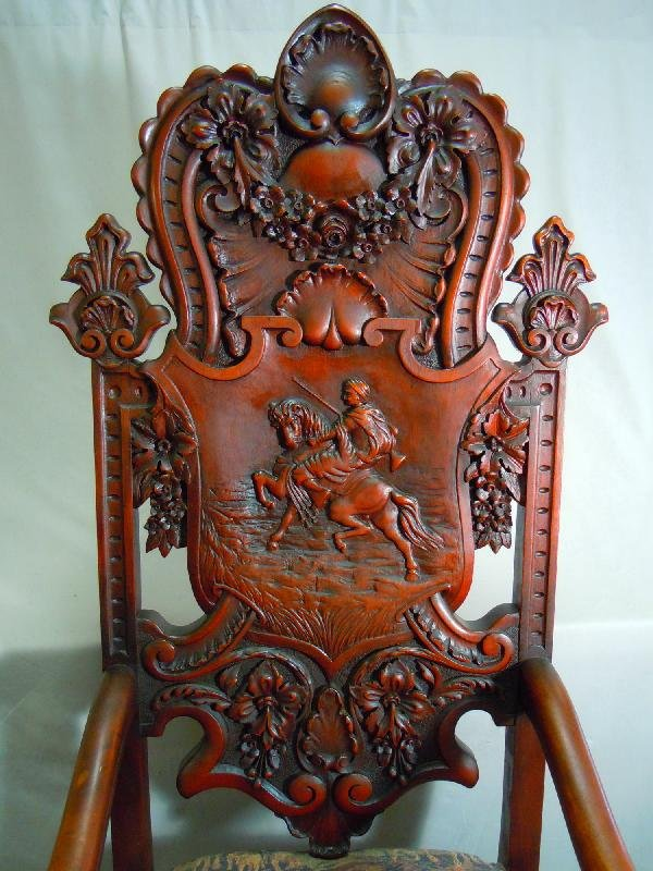 406: Well Carved Arm Chair with Dog's Heads - 2