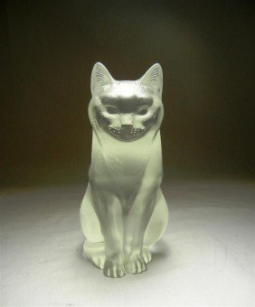 15: Lalique Crystal Cat