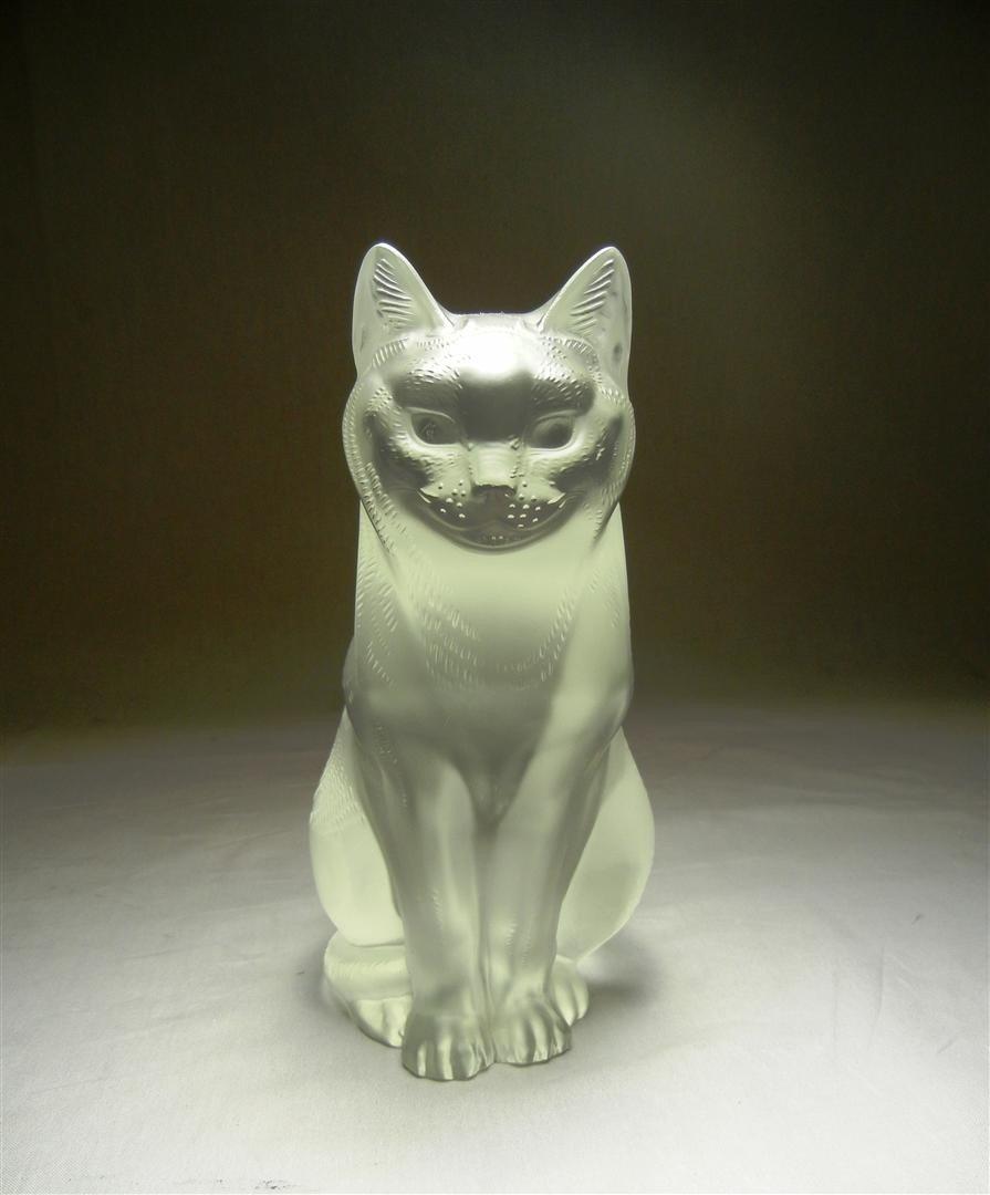 15: Lalique Crystal Cat