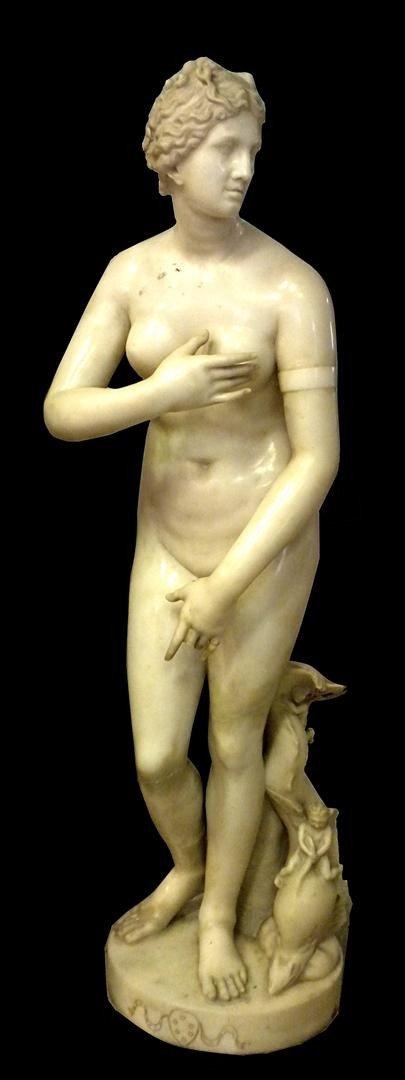 88: 18thc Marble Sculpture of Venus