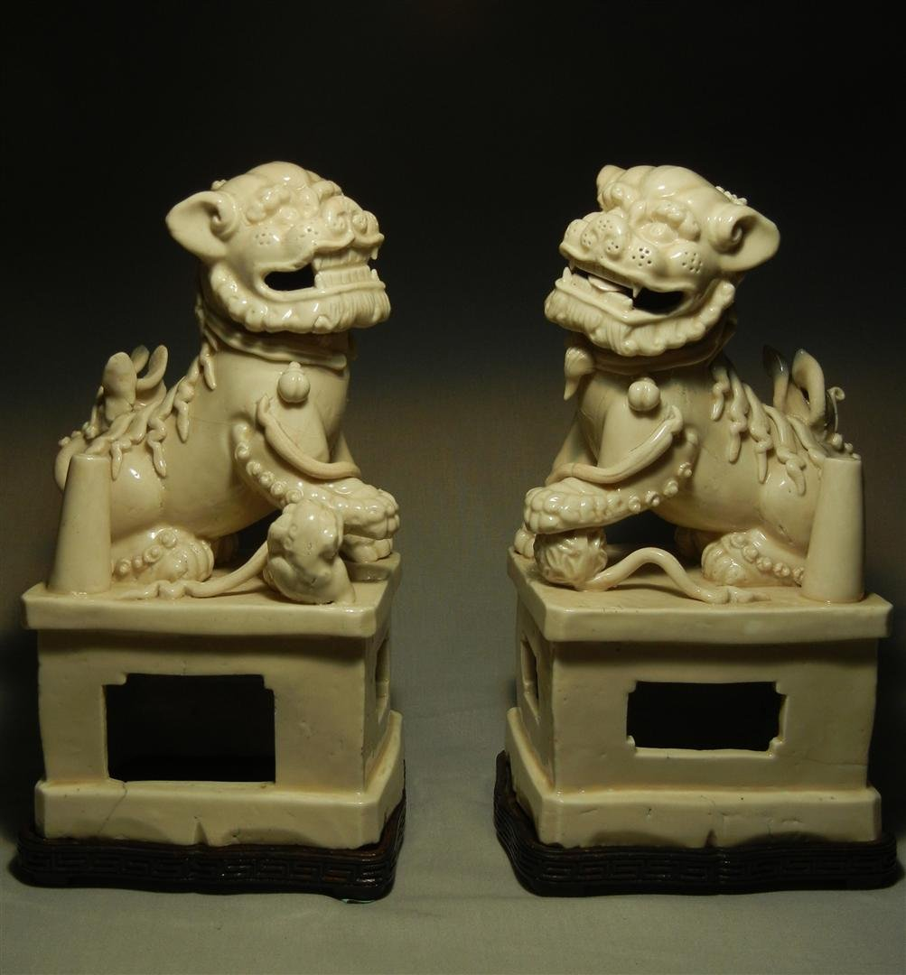 53: Pair of Ming Dynasty Porcelain Foo Dogs